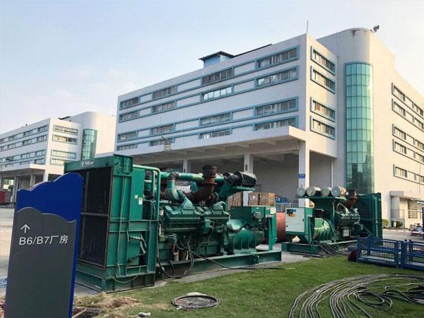 徐州某电子厂出租两台800KW康明斯发电机